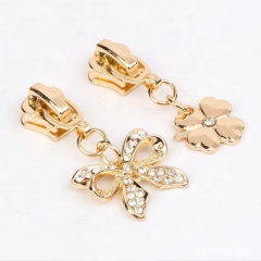 New Fancy Custom auto lock Metal zipper slider puller easy pull with butterfly clover puller for #5 zipper clothe accessories